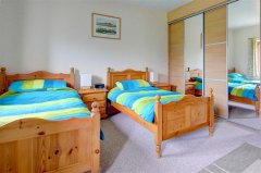 Buttercup Lodge - Bedroom 2 with sliding wardrobe.jpg